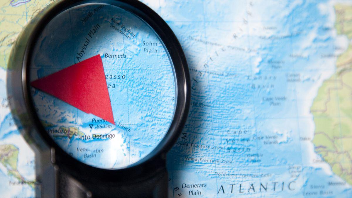The Curious Case of  ̷B̷e̷n̷j̷a̷m̷i̷n̷ ̷B̷u̷t̷t̷o̷n̷ the Bermuda Triangle – S. Mysha Urooj