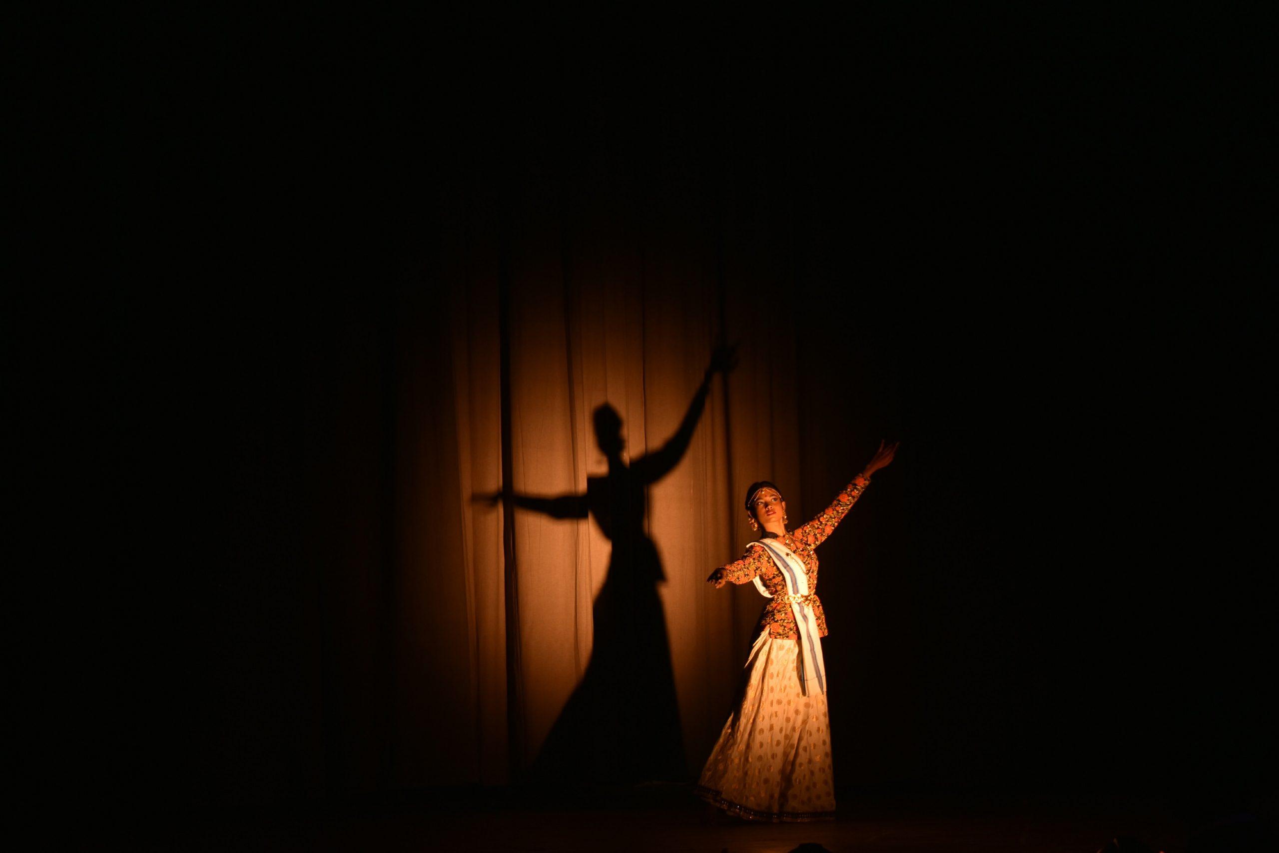 The Relationship between Nature and Indian Classical Dance – Aliyah Banerjee and Ishita Gupta